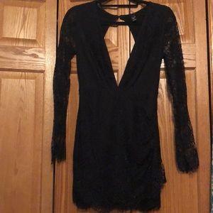 Windsor lace dress
